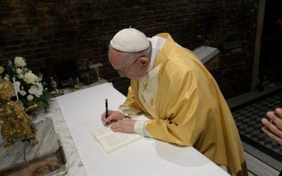 """A cuenta de la falsa """"cobra"""" del Papa Francisco – Txenti Garcia"""