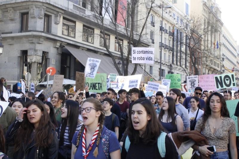 Carta abierta a los jóvenes/as sobre cambio climático – Adrián Almazán