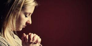 Orar para estar cerca de Dios (Jn 8,1-11) – Santi Casanova