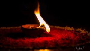El aceite de la espera (Mt 25,1-13) – Santi Casanova