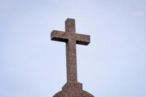 El escándalo que salva (Jn 3,13-17) – Santi Casanova